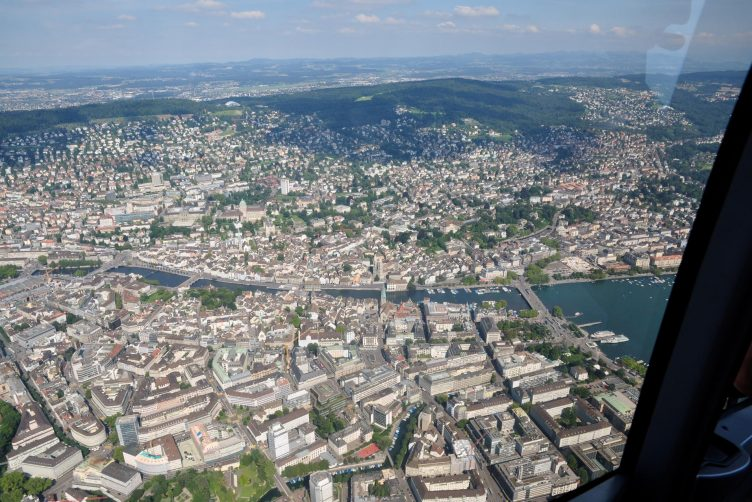 Helikopterflug über Zürich