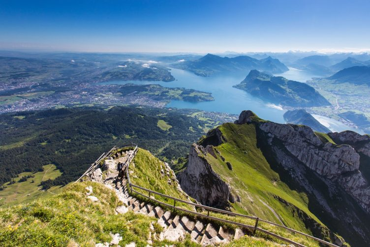 Helikopterflug von Zürich zum Vierwaldstättersee
