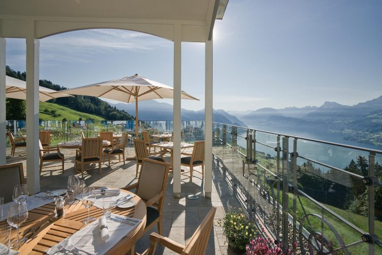 Helikopterflug von Zürich zur Villa Honegg